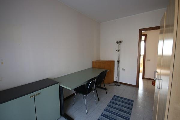 Indirizzo non disponibile, 2 Stanze da Letto Stanze da Letto, 3 Stanze Stanze,1 BagnoBathrooms,Trilocale,Vende,VIA 1 MAGGIO,1145
