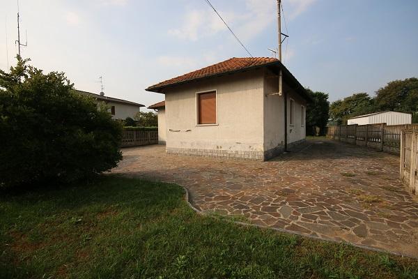 Como, 2 Stanze da Letto Stanze da Letto, 5 Stanze Stanze,2 BathroomsBathrooms,Casa singola,Vende,1194